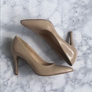 Nine West nude patent leather stiletto heel